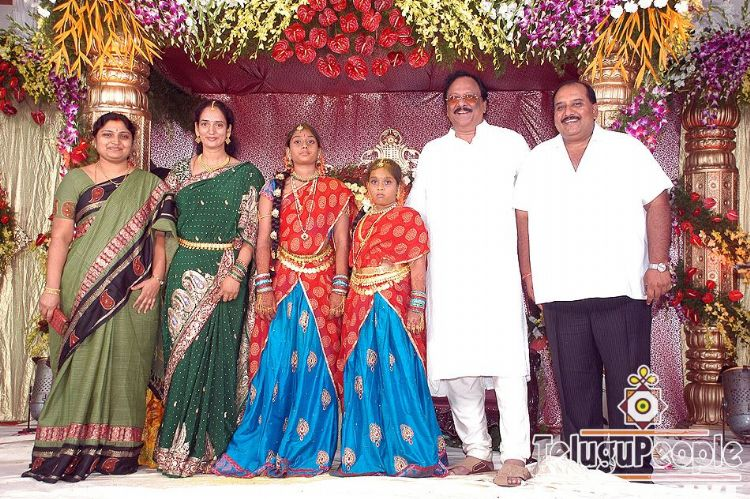 Krishnamraju Daughter Half Saree Function At Telugupeople Com